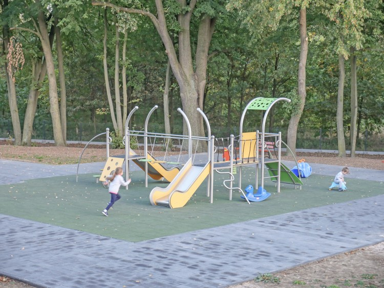 Playground Equipment Product‎ DOMETO 3-1 Inter Play