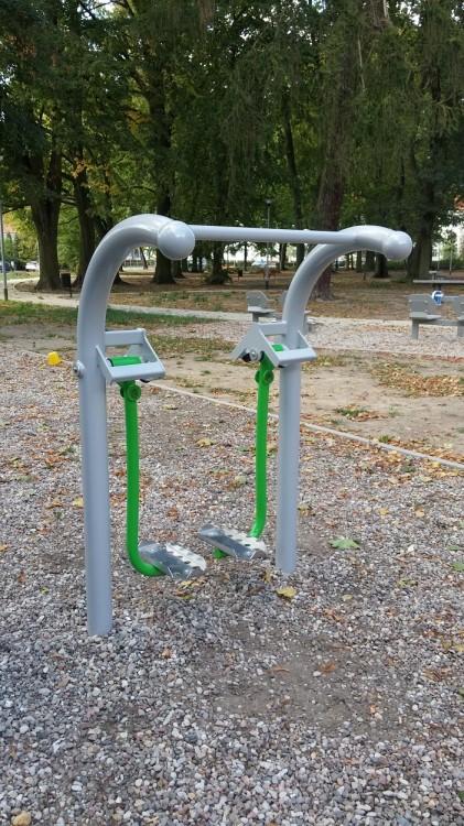 Playground Equipment Product RUNNER Inter Play