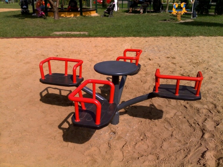 Playground Equipment Product‎ CIROCCO 4 Inter Play