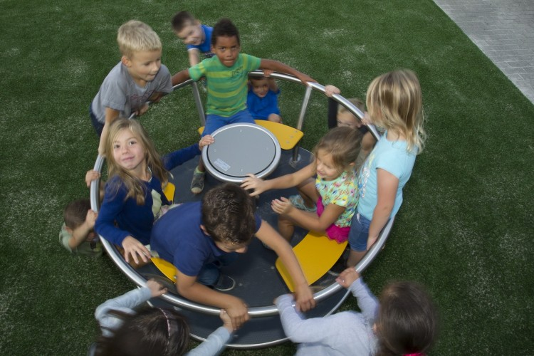 Playground Equipment Product‎ TURNADO Inter Play